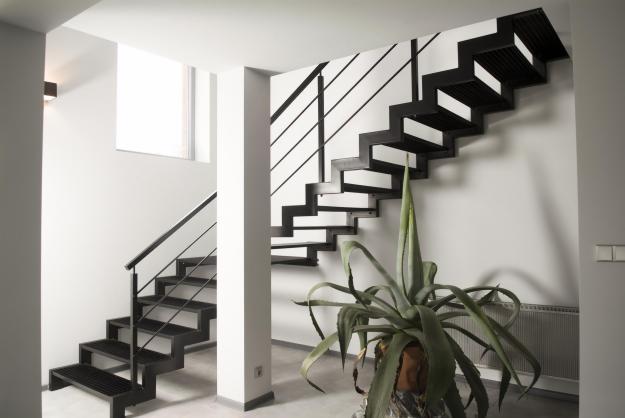 Pionowy element konstrukcji – po prostu schody!