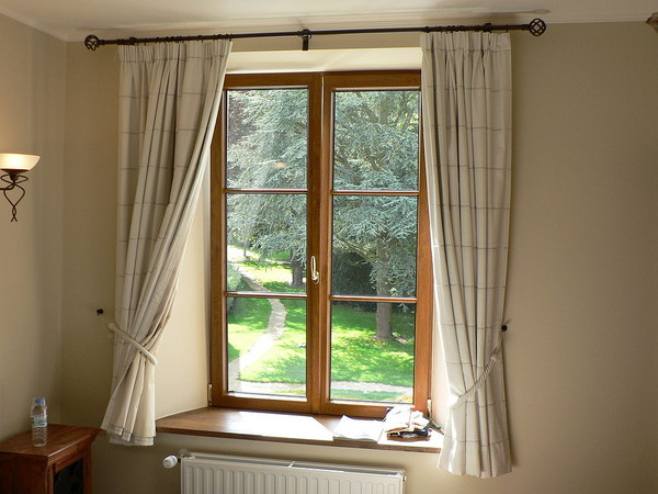 wietrzenie okna